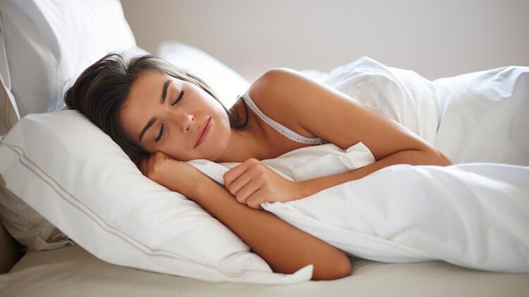 3.Yüksek bir yastık ile uyuyun