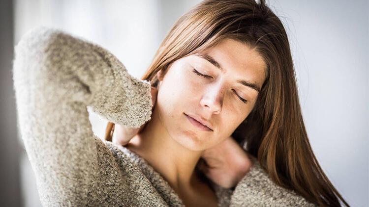 Boyun fıtıklarının ağrı dışında da belirtileri var