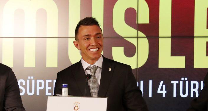 Galatasaray Fernando Muslera ile 3 yıllık sözleşmeye imza attı: Muslera sezon başına 2 milyon 500 bin euro alacak