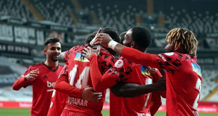 Ziraat Türkiye Kupası'nda Beşiktaş finale yükseldi