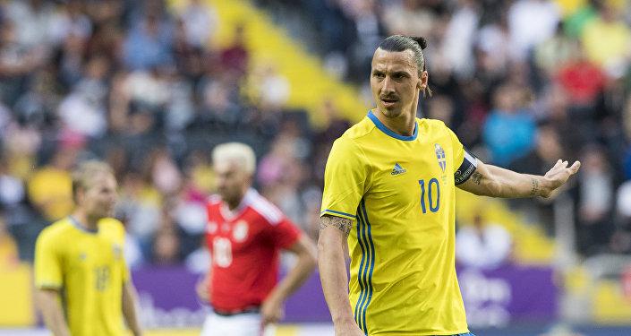 ZlatanIbrahimovic milli takıma geri dönüyor